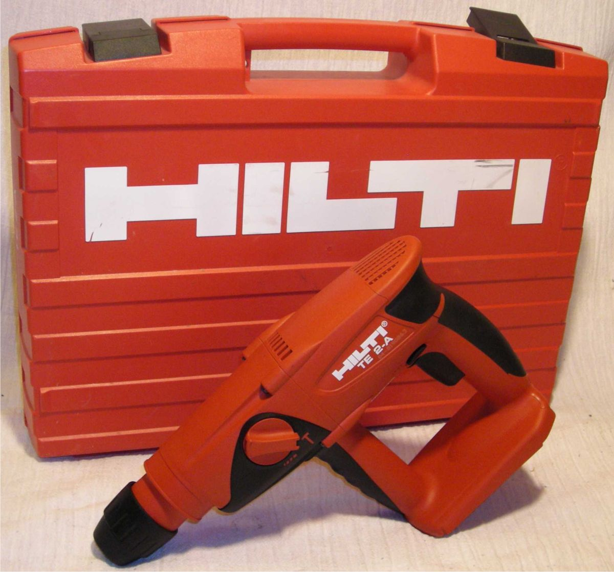 Hilti screw Kit and a Drilling Machine