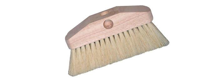 "Magnolia Brush 7-1/2"" White Tampico Heavy Duty Mason Acid Brush"