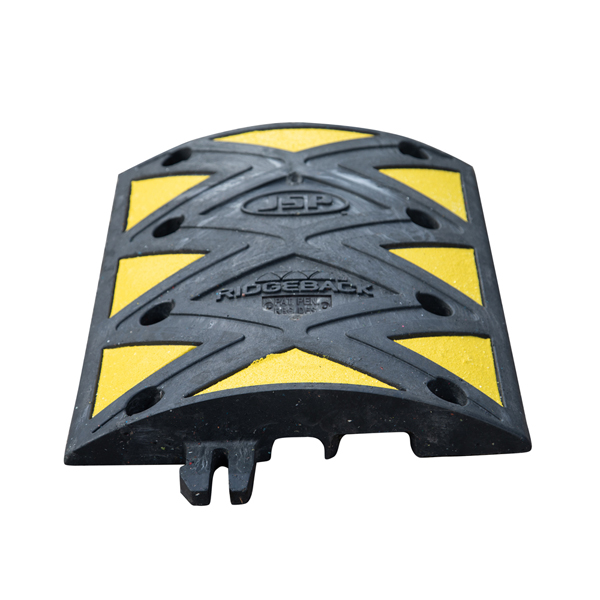 """Ridgeback® Heavy Duty PVC Speed Bump with Hose/Cable Channels - 3"""""""" (5mph)"""