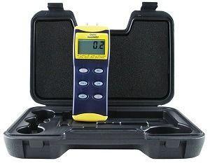 General Tools DM8200 Deluxe Digital Manometers
